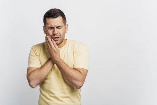 דר' מור-גן: טיפול אפקטיבי בכאב שיניים אחרי טיפול שורש